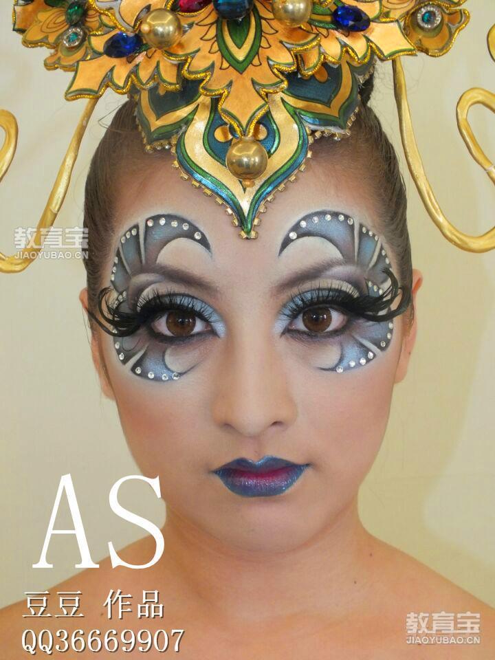 武汉国际t台艺术创意彩妆造型班图片
