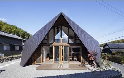 建筑设计可以称得上是一门工程技术与人文艺术相结合的学科,因为它
